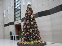 2014年の大手町ファーストスクエアのクリスマスツリー