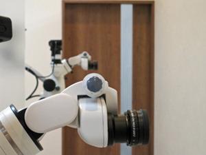 東京都で歯の根の治療で歯科用顕微鏡を使う名医